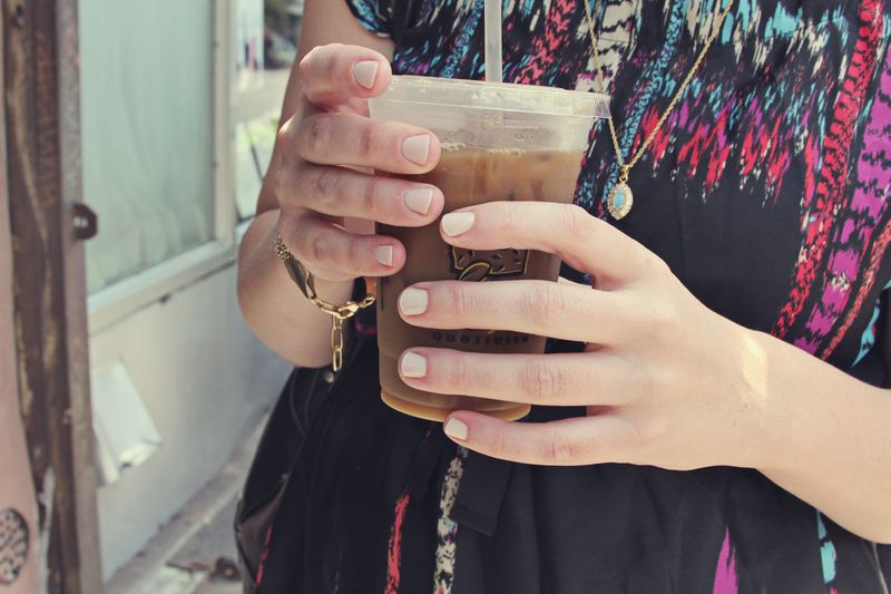 Jen hands
