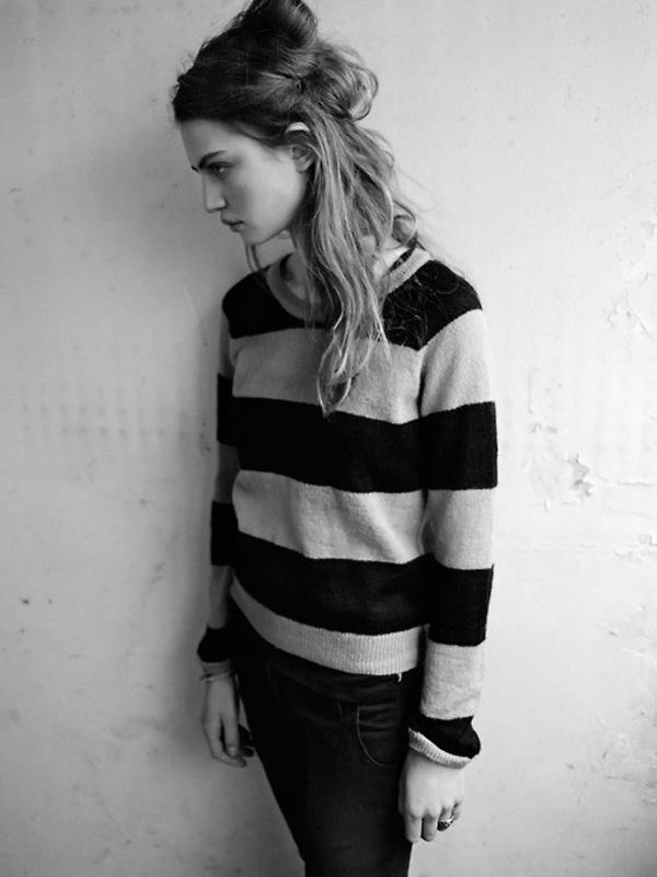 Sweater 4